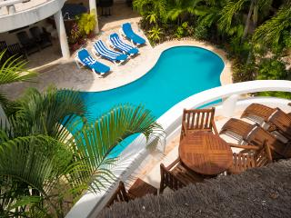 Blue Palms; lovely 1 bedroom/ 1 bathroom condo - Playa del Carmen vacation rentals