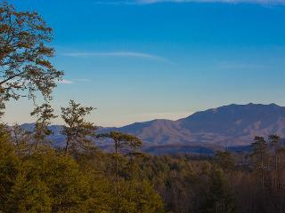 Upscale Condo with Mountain View, Indoor Pool, Game Room, & Much More! - Pigeon Forge vacation rentals