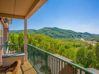 Luxurious 2BR/2BA Condo with Impressive Mountain Views, Indoor Pool, & More! - Pigeon Forge vacation rentals