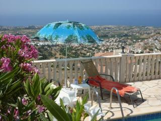 Peyia villa, with Jacuzzi and Panoramic views - Peyia vacation rentals