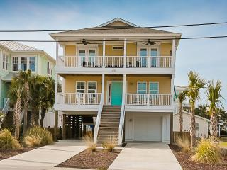 Nauti-Dog is the Perfect Island Getaway...Beautiful & Spacious 3 bedroom, 2 1/2 bath Beach House. - Kure Beach vacation rentals