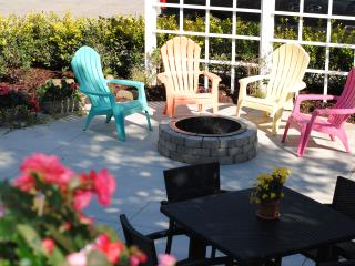 Cottage, Steps to Downtown / Waterfrnt, amenities! - Grand Haven vacation rentals