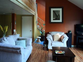 Cozy White Point Vacation House - Hunt's Point vacation rentals