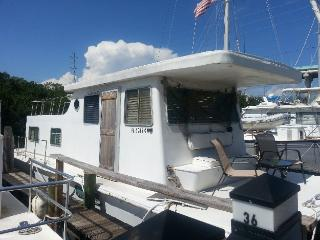 Sunrise Houseboat docked at Gilbert's in Key Largo - Marathon vacation rentals