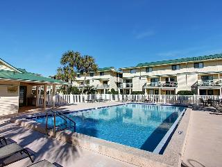 Sandprints II B-10 - Book Online!  Townhome in Miramar! Low Rates! Buy 3 Nights or More Get One FREE! - Florida Panhandle vacation rentals