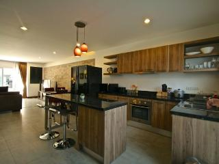 Thailand, Phuket, kamala: Spacious 3 Bedroom Townhouse *** Ideal for Short & Long Term Rentals - Kamala vacation rentals