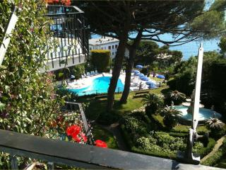 Apt Timone Breathtaking View and Pool.Rapallo - Santa Margherita Ligure vacation rentals