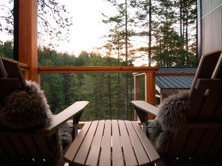 Waterfront Suites high in the Tree Tops of Secret Cove - Halfmoon Bay vacation rentals
