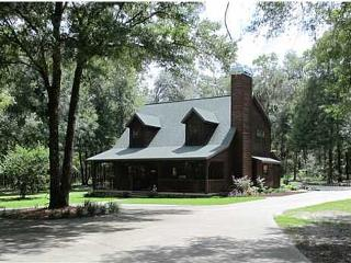 ORLANDO TAMPA OCALA 20 ACRE CHALET HORSES WELCOME! - Brooksville vacation rentals