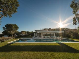 Architect Villa in Saint-Tropez - 8 bedrooms - Saint-Tropez vacation rentals