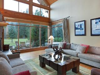 Longstone Chalet | Whistler Platinum | Golf Course - Whistler vacation rentals