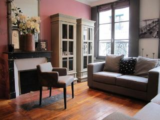 #172 - PARIS CHIC - 1st Arrondissement Louvre vacation rentals