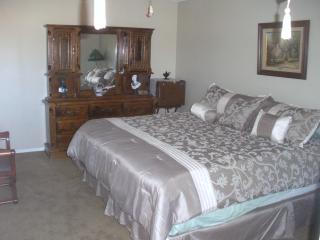 Villa Bartolucci near mountains desert and ocean - Riverside vacation rentals