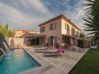 Villa in St Tropez center, 8 people - Saint-Tropez vacation rentals