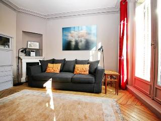 Appartement contemporain pour 4 à St Germain - Barcelona vacation rentals