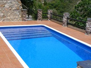 Casa de las Flores Holiday Complex - Casa Rosa - 3 Bed/2 Bathroom Villa & Pool in Las Alpujarras, Orgiva, Spain. - Orgiva vacation rentals