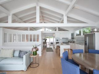 Camps Bay - Glen Beach Bungalow no 3 - Camps Bay vacation rentals
