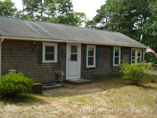 Thumpertown - 228 - Eastham vacation rentals