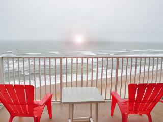Fall Specials $800 WEEK  2 bed 2 bath  OCEAN-FRONT