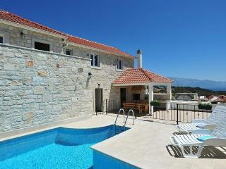 Holiday home Marivilla with pool for 8 in Selca, Brač - Selca vacation rentals