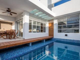 Casa Cielito - Brand New, Modern Design, Pool, Roof Deck - Cozumel vacation rentals