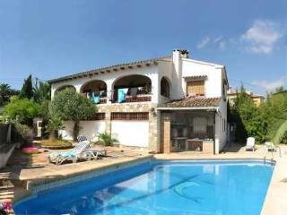 Holiday house for 16 persons, with swimming pool , near the beach in Benissa - Benissa vacation rentals
