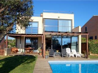 Hliday house for 8 persons, with swimming pool , near the beach in Palamós - Palamos vacation rentals