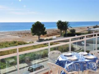 Apartment for 4 persons, with swimming pool , in Hospitalet de l'Infant - Costa Dorada vacation rentals
