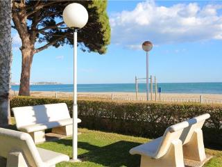 Holiday house for 13 persons near the beach in Cambrils - Costa Dorada vacation rentals