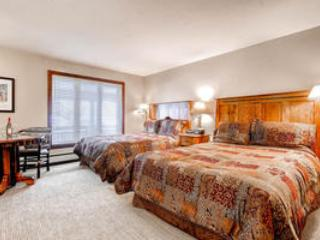 Lion Square Lodge Lodge Room Double Queen Valley View - Image 1 - Vail - rentals