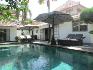 Amore Mio,3.5 bed, extra spacious Central Seminyak - Seminyak vacation rentals