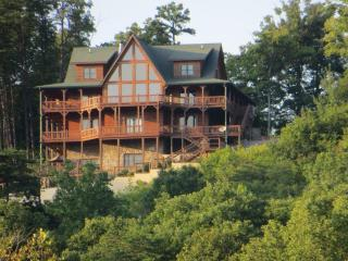 View of Look Out Lodge from Lake Cumberland - Andy Wells
