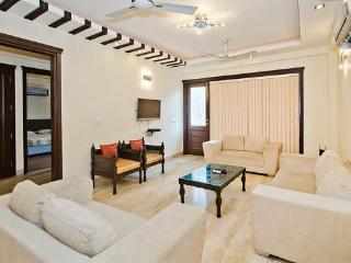 Luxury 2 Bedrooms Serviced Apartment South Delhi - National Capital Territory of Delhi vacation rentals