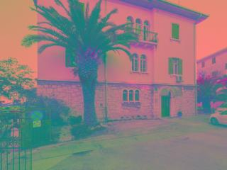 Near the beach and city center - Split vacation rentals