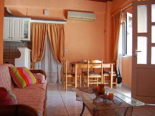 Comfortable 1-bedroom apartment close to beach - Asprovalta vacation rentals