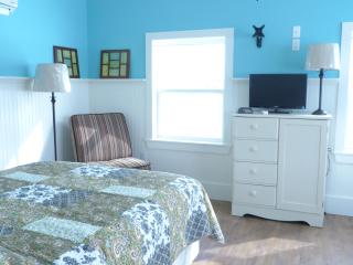 Victoria Cottage Garden Suite - Prince Edward Island vacation rentals