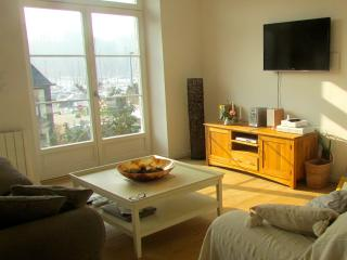 Luxury home with harbour views near Dinan (C004) - Brittany vacation rentals