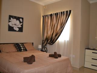 2 Bedroom penthouse with seaview, Bugibba  No 12 - Bugibba vacation rentals