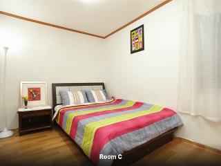 3 BR @  Itaewon SUPERB - South Korea vacation rentals