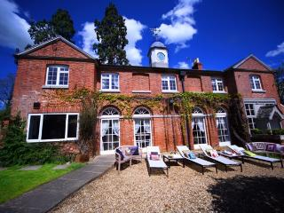 Luxury House Holiday Home - Northamptonshire vacation rentals