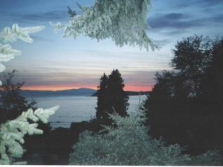 Away at the Bay Cottage - Sunshine Coast vacation rentals