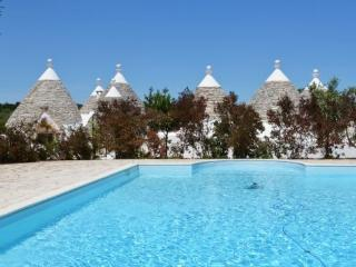 Luxury Estate Trulli for 10 px, the typical houses in stone. Swimming pool - Cisternino vacation rentals
