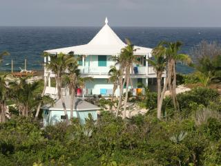 On the Beach Luxury! Elbow Cay South of Hope Town, Includes Dock, Everything you need! - Tilloo Cay vacation rentals