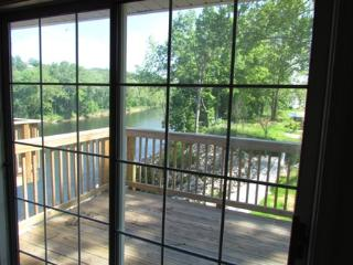 Relax at Lake Taneycomo in Branson - Missouri vacation rentals