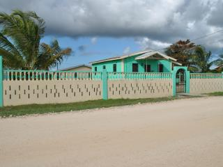 Cozy Rental at Mile 8 George Price Highway, Belize - Belize District vacation rentals