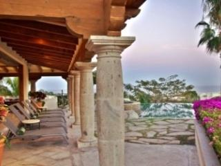 5 Bedroom Villa in Los Cabos Corridor - La Joya vacation rentals