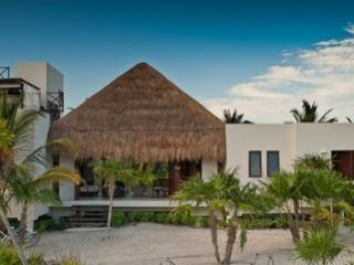 Tremendous 4 Bedroom House with Private Jacuzzi in Quintana Roo - Yucatan-Mayan Riviera vacation rentals