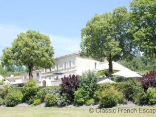 Girondine Chateau with Tennis Court and Pool FRMD106 - Gironde vacation rentals