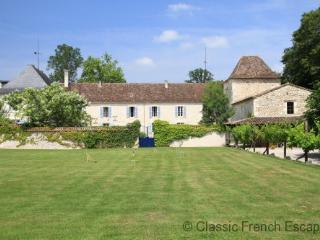 Bergerac Chateau with heated pool and tennis court FRMD138 - Saint Nexans vacation rentals