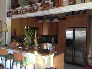 Cozy, comfortable, & charming 2/1 - Pembroke Pines - Pembroke Pines vacation rentals